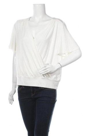 Дамска блуза Lascana, Размер XL, Цвят Бял, 95% вискоза, 5% еластан, Цена 16,59лв.