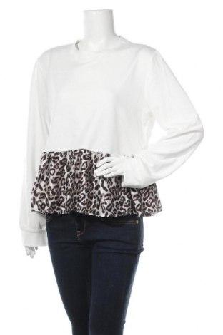 Дамска блуза SHEIN, Размер XL, Цвят Бял, 95% полиестер, 5% еластан, Цена 11,60лв.