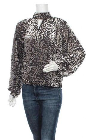 Дамска блуза Soaked In Luxury, Размер S, Цвят Сив, 67% полиестер, 25% полиамид, 8% еластан, Цена 15,23лв.