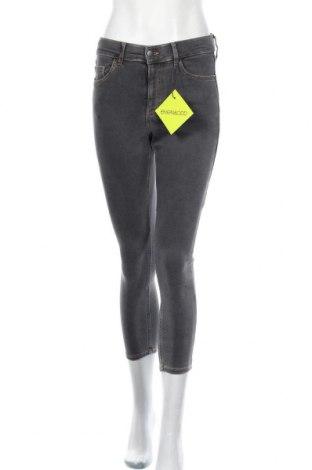 Дамски дънки Even&Odd, Размер M, Цвят Сив, 75% памук, 22% полиестер, 3% еластан, Цена 27,60лв.
