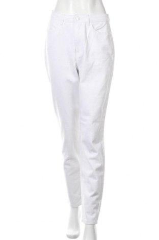 Дамски дънки Missguided, Размер M, Цвят Бял, Памук, Цена 26,60лв.