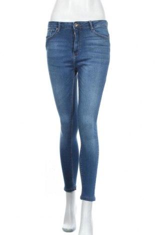 Дамски дънки ONLY, Размер M, Цвят Син, 98% памук, 2% еластан, Цена 20,78лв.