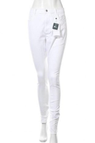 Дамски дънки Only Carmakoma, Размер XL, Цвят Бял, 69% памук, 29% полиестер, 2% еластан, Цена 25,37лв.