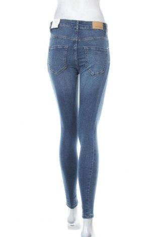 Дамски дънки Perfect Jeans By Gina Tricot, Размер S, Цвят Син, 98% памук, 2% еластан, Цена 21,53лв.