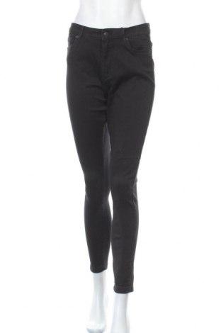 Дамски дънки Vero Moda, Размер L, Цвят Черен, 67% памук, 31% полиестер, 2% еластан, Цена 44,25лв.