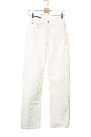 Дамски дънки Weekday, Размер XS, Цвят Бял, Памук, Цена 37,72лв.