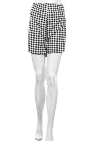 Дамски къс панталон SHEIN, Размер XL, Цвят Черен, 95% полиестер, 5% еластан, Цена 10,40лв.