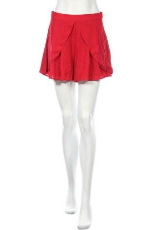 Дамски къс панталон Showpo, Размер M, Цвят Червен, Полиестер, Цена 9,71лв.