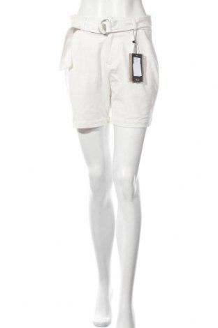 Dámské kraťasy  Vero Moda, Velikost S, Barva Krémová, Cena  305,00Kč