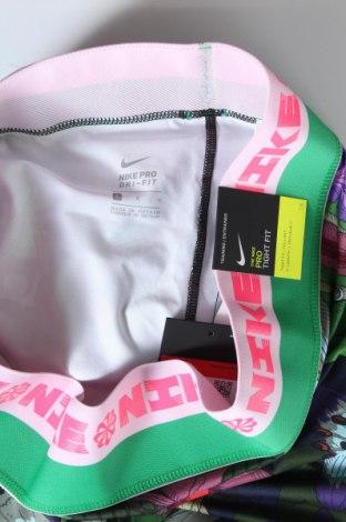 Дамски клин Nike, Размер L, Цвят Многоцветен, 80% полиестер, 20% еластан, Цена 66,75лв.