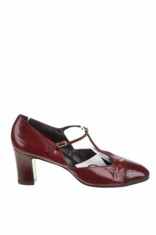 Дамски обувки Bally, Размер 38, Цвят Червен, Естествена кожа, Цена 101,84лв.