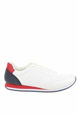 Дамски обувки S.Oliver, Размер 39, Цвят Бял, Текстил, еко кожа, Цена 35,55лв.