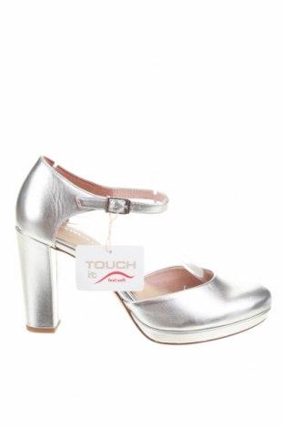 Γυναικεία παπούτσια Tamaris, Μέγεθος 39, Χρώμα Γκρί, Δερματίνη, Τιμή 16,01€