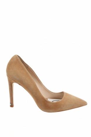 Дамски обувки Zara, Размер 38, Цвят Бежов, Естествен велур, Цена 47,25лв.