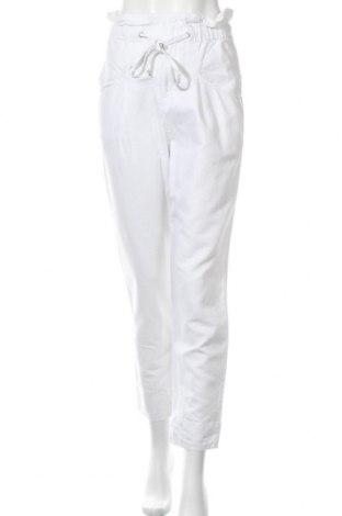 Дамски панталон Country Road, Размер S, Цвят Бял, 55% лен, 45% памук, Цена 51,45лв.