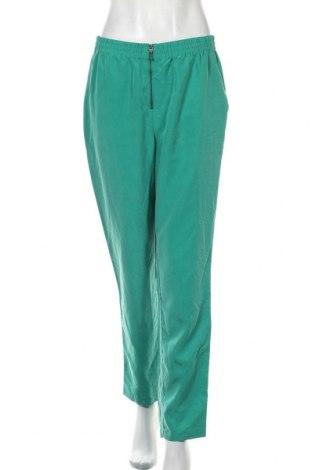 Dámské kalhoty  H&M Divided, Velikost M, Barva Zelená, 70% modal, 30% polyester, Cena  409,00Kč