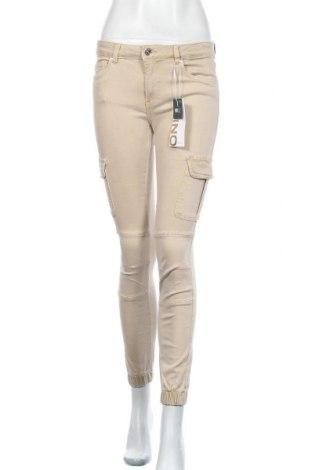 Дамски панталон ONLY, Размер M, Цвят Бежов, 98% памук, 2% еластан, Цена 14,75лв.