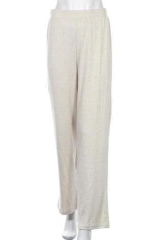 Дамски панталон Pieces, Размер M, Цвят Бежов, 47% вискоза, 24% полиамид, 24% полиестер, 5% еластан, Цена 14,54лв.