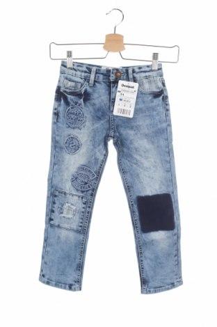 Детски дънки Desigual, Размер 3-4y/ 104-110 см, Цвят Син, 74% памук, 23% полиестер, 3% еластан, Цена 53,40лв.