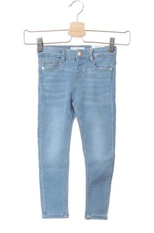 Детски дънки Mango, Размер 3-4y/ 104-110 см, Цвят Син, 98% памук, 2% еластан, Цена 34,22лв.