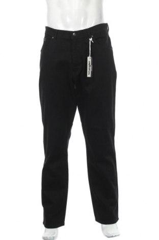 Мъжки дънки Wrangler, Размер L, Цвят Черен, 98% памук, 2% еластан, Цена 45,15лв.