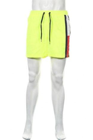 Мъжки къс панталон Tommy Hilfiger, Размер M, Цвят Жълт, Полиамид, Цена 50,49лв.
