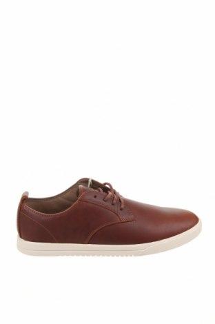 Мъжки обувки Clae, Размер 41, Цвят Кафяв, Естествена кожа, Цена 96,75лв.