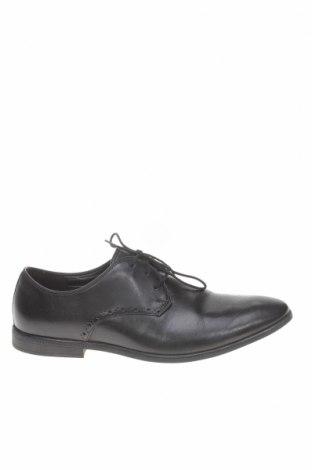 Мъжки обувки Clarks, Размер 43, Цвят Черен, Естествена кожа, Цена 114,50лв.