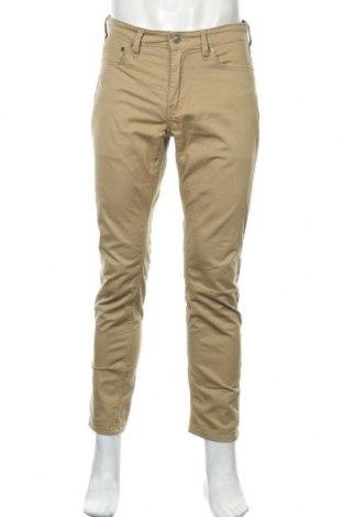 Ανδρικό παντελόνι Levi's, Μέγεθος M, Χρώμα  Μπέζ, 98% βαμβάκι, 2% ελαστάνη, Τιμή 29,62€