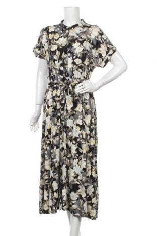 Šaty  Free Quent, Velikost M, Barva Vícebarevné, 95% bavlna, 5% elastan, Cena  748,00Kč