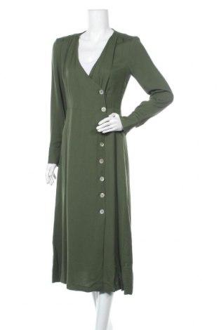 Рокля Massimo Dutti, Размер M, Цвят Зелен, 95% вискоза, 5% еластан, Цена 59,60лв.