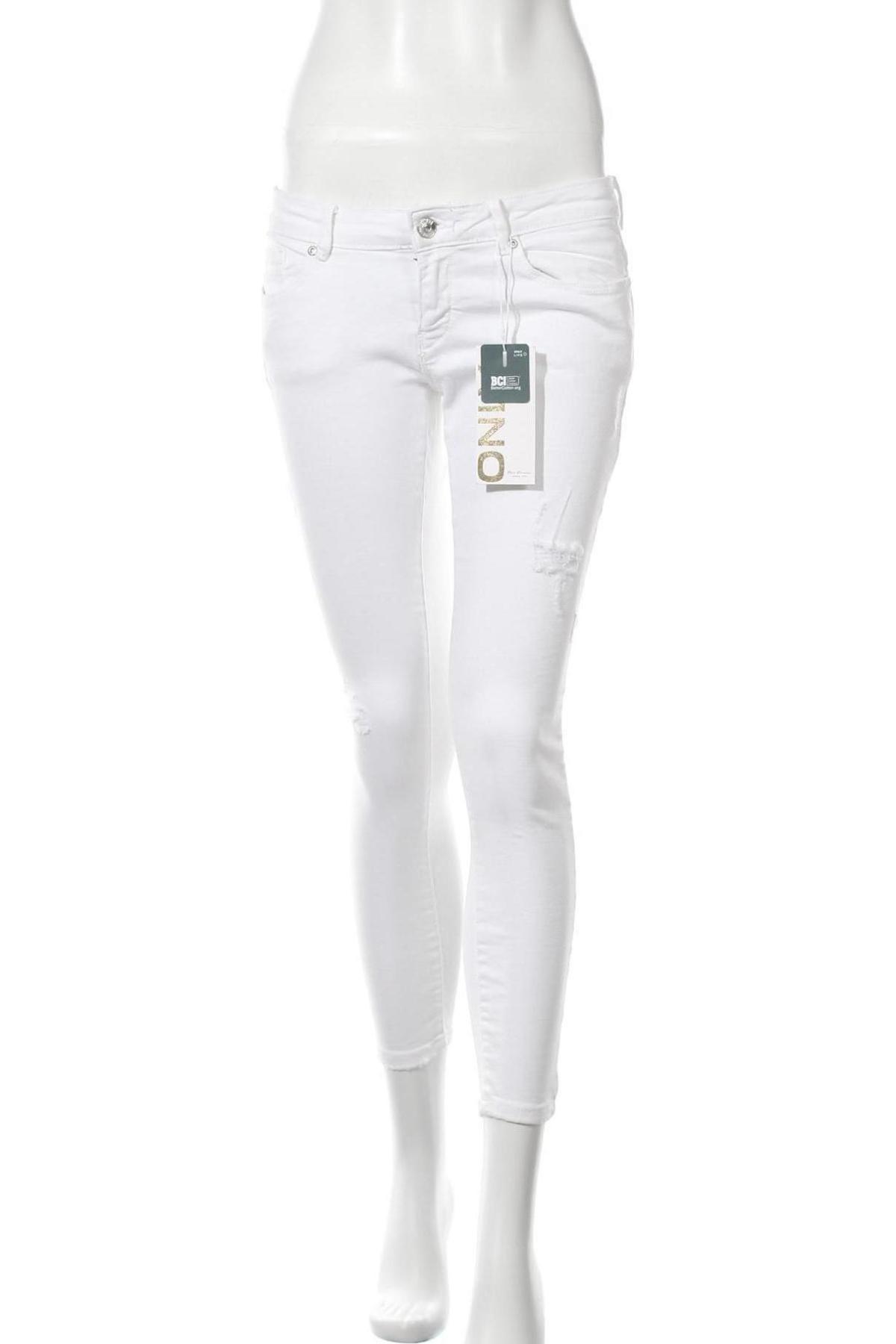 Дамски дънки ONLY, Размер L, Цвят Бял, 98% памук, 2% еластан, Цена 11,01лв.