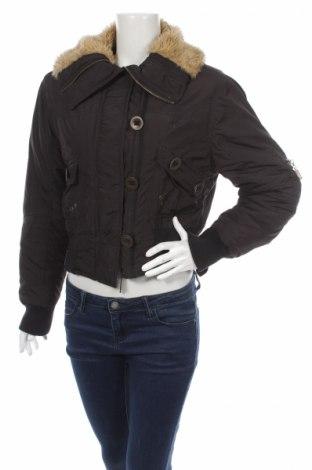 Дамско яке, Размер M, Цвят Черен, 100% полиестер, Цена 12,48лв.