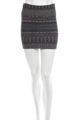 Φούστα Pull&Bear, Μέγεθος M, Χρώμα Πολύχρωμο, Τιμή 3,56€