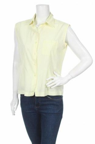 Дамска риза, Размер M, Цвят Жълт, 65% полиестер, 35% памук, Цена 5,92лв.