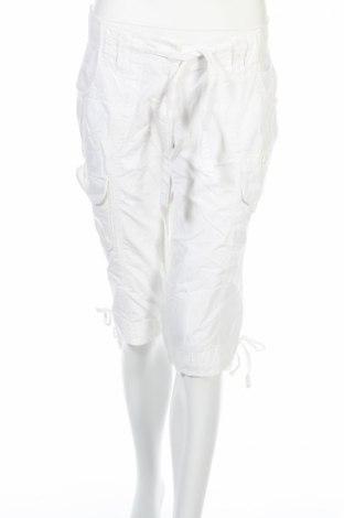 Γυναικείο κοντό παντελόνι Colours Of The World, Μέγεθος M, Χρώμα Λευκό, Βαμβάκι, Τιμή 4,70€