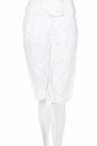 Дамски къс панталон Hirsch, Размер M, Цвят Бял, Цена 5,98лв.