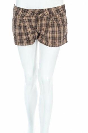 Γυναικείο κοντό παντελόνι Pull&Bear, Μέγεθος M, Χρώμα Καφέ, 100% βαμβάκι, Τιμή 5,09€