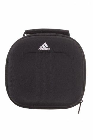 Νεσεσέρ Adidas