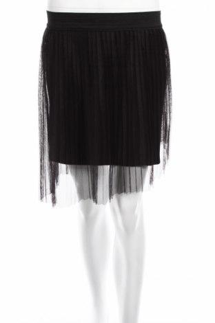 Пола U Collection, Размер L, Цвят Черен, Полиестер, Цена 3,12лв.