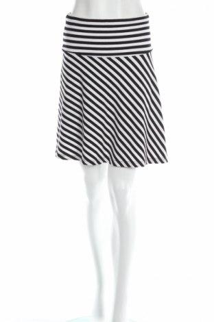 Пола H&M, Размер XS, Цвят Черен, Цена 5,28лв.
