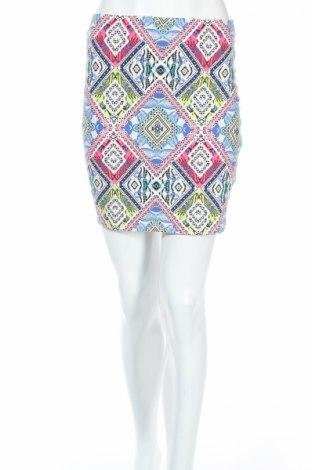 Пола New Look, Размер M, Цвят Многоцветен, 95% памук, 5% еластан, Цена 6,90лв.