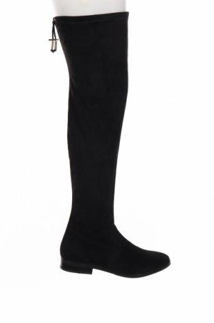 Дамски ботуши Andre, Размер 41, Цвят Черен, Естествен велур, Цена 162,24лв.