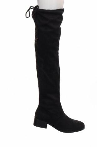 Γυναικείες μπότες Tata, Μέγεθος 36, Χρώμα Μαύρο, Κλωστοϋφαντουργικά προϊόντα, Τιμή 24,43€