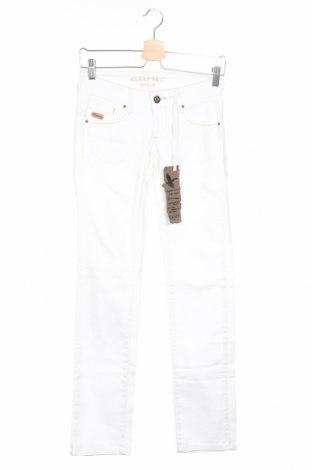 Дамски дънки Gang, Размер XS, Цвят Бял, 98% памук, 2% еластан, Цена 15,34лв.