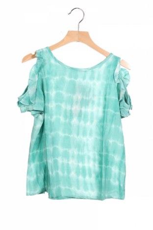 Детска блуза Sisley, Размер 5-6y/ 116-122 см, Цвят Зелен, Вискоза, Цена 29,25лв.