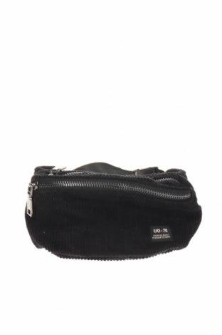 Geantă de brâu Outfitters Nation, Culoare Negru, Textil, Preț 96,22 Lei