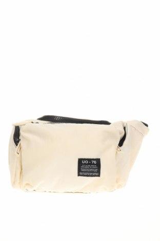 Чанта за кръст Urban Outfitters, Цвят Бежов, Текстил, Цена 51,75лв.