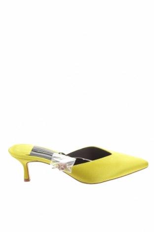 Pantofle Stradivarius, Velikost 37, Barva Žlutá, Textile , Cena  197,00Kč