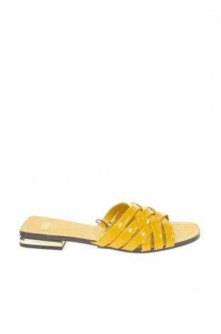 Γυναικείες παντόφλες Zara, Μέγεθος 37, Χρώμα Κίτρινο, Δερματίνη, Τιμή 13,68€